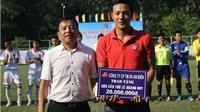 Cựu cầu thủ Lê Hoàng Duy được Mạnh thường quân giúp đỡ