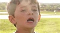 Xem VIDEO điều động trực thăng... nhổ răng sữa cho con