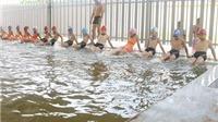 'Nở rộ' các khóa học hè: Quá tải bán trú, học bơi