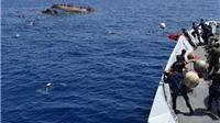 Tàu chở 200 người di cư đột ngột biến mất trên biển