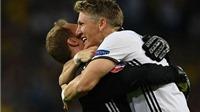 CẬP NHẬT tin tối 16/6: Schweinsteiger tiếp tục ngồi dự bị. Dortmund CHÍNH THỨC có đồng đội của Ronaldo