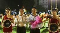 Quảng trường UBND Hà Tĩnh náo nhiệt với tiếng còi khai mạc