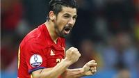 Nolito đã 'bắt nhịp' với Iniesta và Alba