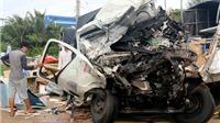 Xe đầu kéo đâm xe tải, 2 người chết