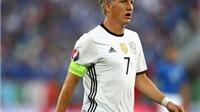 Schweinsteiger thay mặt tuyển Đức viết tâm thư chia tay EURO 2016