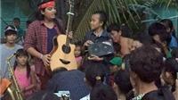 VIDEO: Hồ Văn Cường về quê trong sự chào đón nồng nhiệt