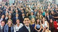2 bức ảnh 'tự sướng' gây bão Quốc hội Mỹ
