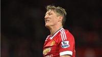 Anh trai Schweinsteiger trách móc Man United