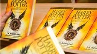 'Harry Potter and the Cursed Child' – Cuốn sách bán chạy nhất ở Anh trong thập kỷ