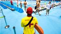 Olympic Rio 2016: Michael Phelps có cần nhân viên cứu hộ bể bơi?