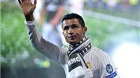 TIẾT LỘ: Ronaldo có thể 'phản bội' Real để đầu quân cho Barca