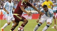 Venezuela 2-2 Argentina: Không Messi, Argentina mất ngôi đầu bảng