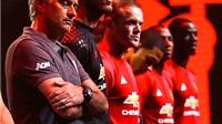 Man United của Mourinho phục vụ Rooney hay Pogba?