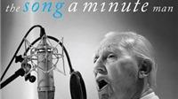 Cụ ông 80 tuổi, mất trí nhớ ký hợp đồng thu âm sau VIDEO hát trong ô tô