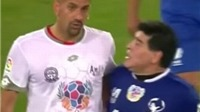 Maradona kiến tạo cho Totti ghi bàn, suýt tẩn nhau với Veron trong trận đấu từ thiện