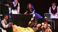 Nhạc kịch của Phi Anh: Tưởng 'nguội' mà vẫn 'nóng'