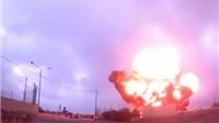 VIDEO: Máy bay cắm đầu xuống đất nổ tung, 5 người Pháp thiệt mạng