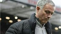 Man United khủng hoảng vì Mourinho dùng thứ bóng đá từ 10 năm trước