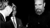 Nhiếp ảnh gia Giản Thanh Sơn kỷ niệm tác nghiệp với Fidel Castro tại Củ Chi