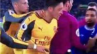 NÓNG: Oezil phát điên, định tẩn nhau với người 'phá lưới' Arsenal