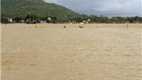 Quảng Ngãi: Hàng nghìn nhà dân bị ngập trong nước lũ