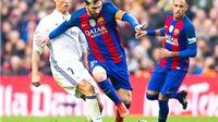 Barca và tháng Tư khốc liệt