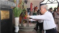Tổng Bí thư Nguyễn Phú Trọng dâng hương tại Khu Lưu niệm Tổng Bí thư Lê Duẩn