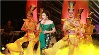 Hồ Quỳnh Hương mê hoặc khán giả Thủ đô bằng ca khúc đầu đời 'Mẹ yêu con'
