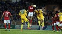 Xem V-League muốn hát… 'buồn tàn thu'