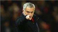 Everton 0-2 M.U: Bênh Pogba, Mourinho chỉ trích Paul Scholes thậm tệ
