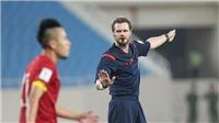 Trọng tài người Australia thổi penalty U23 Việt Nam cũng từng bị tố thiên vị Iraq