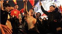 Chết cười với những màn ăn mừng 'khó đỡ' của CĐV Việt Nam