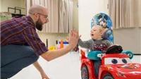 Sáng chế ô tô đồ chơi hỗ trợ vận động ở trẻ khuyết tật