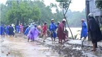 Nước lũ lên trở lại, thành phố Huế vẫn ngập nhiều nơi