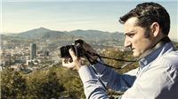 Valverde nhìn bóng đá qua ống kính máy ảnh