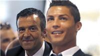 Ronaldo cô đơn trong thế giới của Mendes