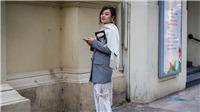 Các fashionista thi nhau diện hoạ tiết này trên đường phố London