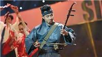MC Nguyên Khang 'chơi trội': Dùng đàn Việt để hát nhạc Nhật