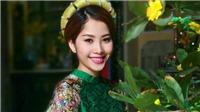 Livestream trò chuyện với Hoa khôi Nam Em: 'Chân dài sạch' của showbiz Việt