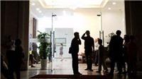 Bắt nghi can trong vụ án mạng tại khu chung cư cao cấp Hà Nội