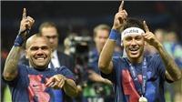 Dani Alves: 'Neymar xúi tôi đến PSG, nhưng không phải vì tiền'