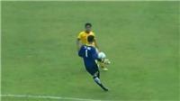Thủ môn U18 Việt Nam 'biếu không' bàn thắng cho U18 Brunei