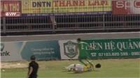 'Đồ tể V-League' liên tiếp đạp lên người sao trẻ U20 Việt Nam