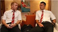 Làm thế nào để gặp Ryan Giggs và Paul Scholes khi họ đến Việt Nam?