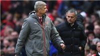 Vì sao Mourinho đang lâm vào tình huống nguy hiểm giống hệt Wenger?