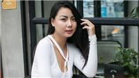 Cộng đồng phẫn nộ khi người mẫu Lại Thanh Hương hở bạo trên chuyến bay chở U23 Việt Nam