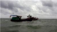 Tàu chở 6 người bị đắm khi đang neo đậu ở Cô Tô