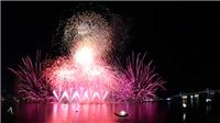 Chùm ảnh: Tận cùng cảm xúc đêm pháo hoa Thủy tại Đà Nẵng