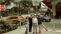 Sơn Tùng M-TP ấm áp bên gia đình và cậu em 'soái ca' trong chuyến du lịch Singapore