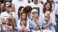 Federer là ông bố mẫu mực, chăm làm việc nhà, không làm được thì nhờ... huấn luyện viên